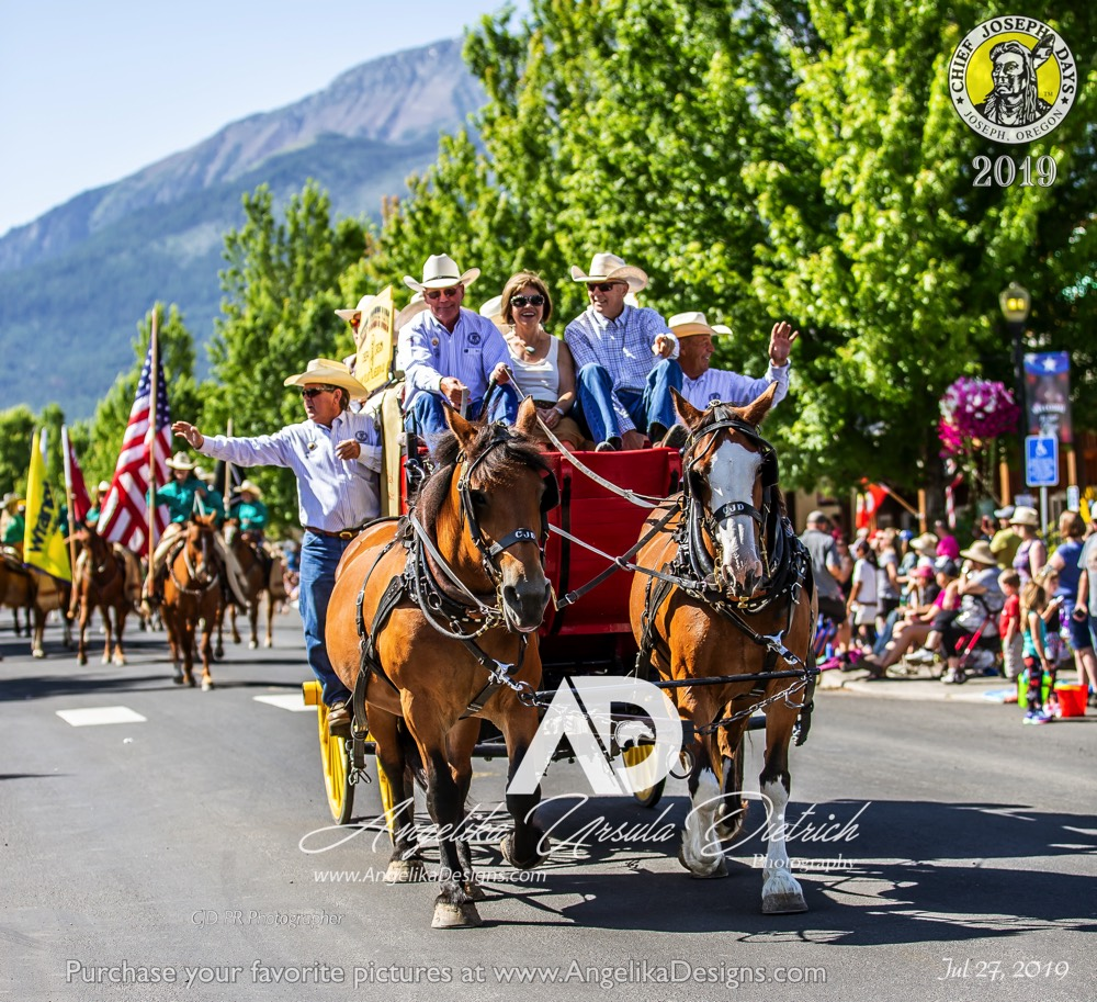 Chief Joseph Days's Stage Coach with Grand Marshall Bill Wells, at the 2019 Chief Joseph Days Grand Parade
